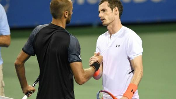 Tennis: Andy Murray finit à 3 heures du matin à Washington et critique l'organisation