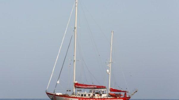 Pas de port pour 87 migrants secourus par une ONG espagnole