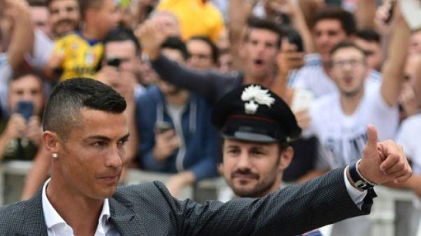 Transferts: Liverpool et la Juventus dépensiers, le PSG compte ses sous