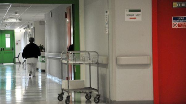 Medico comunica morte paziente,picchiato