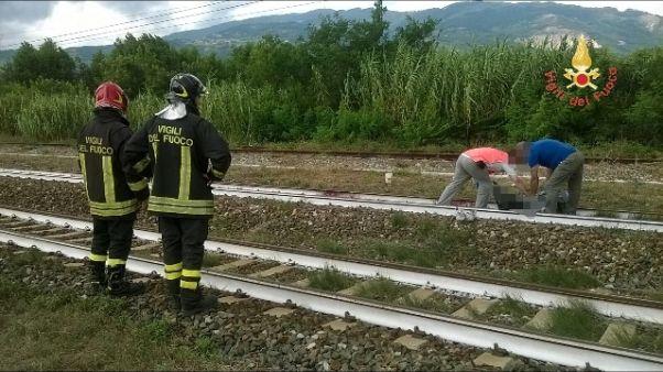 Treno travolge giovane,s'indaga su cause