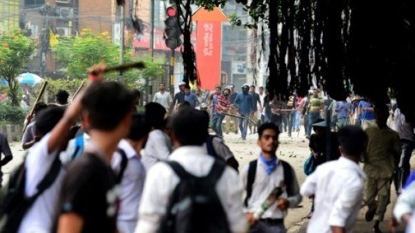 Bangladesh: 115 étudiants blessés dans une manifestation qui dégénère