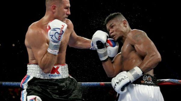 Boxe: Alvarez détrône Kovalev pour le titre de champion WBO des mi-lourds
