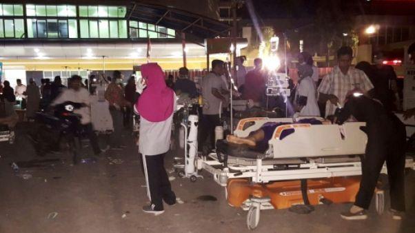 Séisme en Indonésie: au moins 82 morts, des centaines de blessés