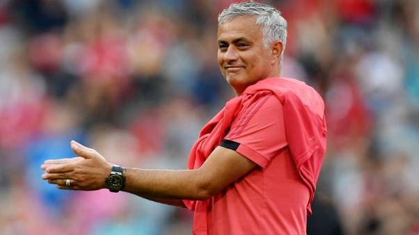 Mourinho warns of tough times if United fail to improve squad