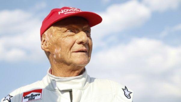 "Niki Lauda dans un état ""très satisfaisant"" après sa transplantation, selon l'hôpital"