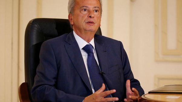 مقابلة-حاكم مصرف لبنان المركزي يؤكد استقرار الليرة ويطالب بإصلاح مالي