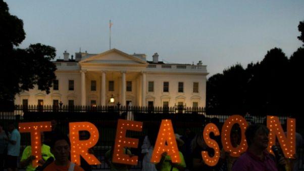 Devant la Maison Blanche, des stars de Broadway manifestent contre Trump