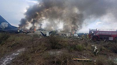 Eleven U.S. passengers sue Aeromexico over plane crash