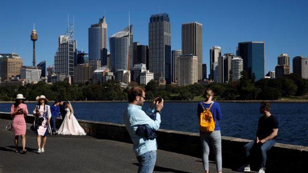 عدد سكان استراليا يسجل 25 مليون نسمة قبل عقد من المتوقع