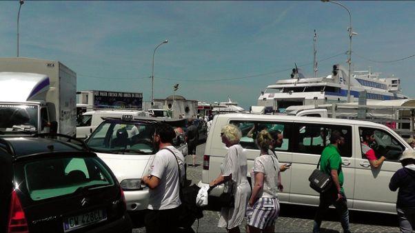 Abusivismo a Capri, scattano ordinanze