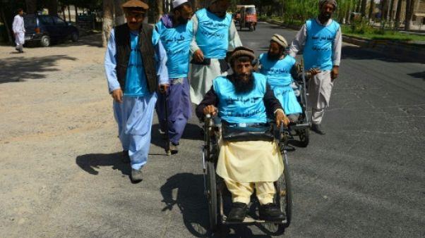 Afghanistan: des amputés de guerre marchent pour la paix