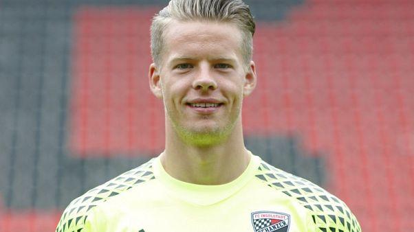 Aston Villa sign Norway goalkeeper Nyland