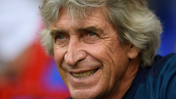 West Ham's Pellegrini eyes balance in attack and defence