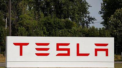 Inside Tesla's troubled New York solar factory