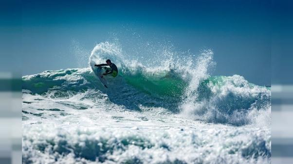 Landes: première piscine pour surf,  les JO-2024 en ligne de mire