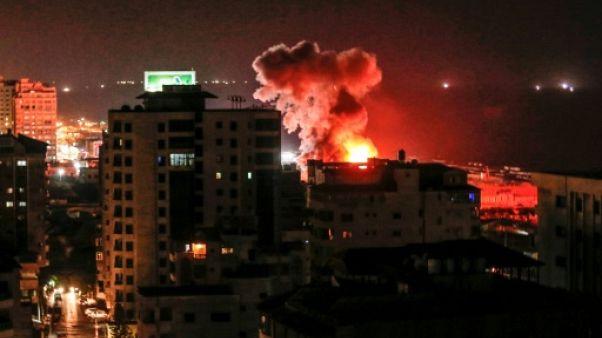Raids israéliens à Gaza après des tirs de dizaines de roquettes palestiniennes