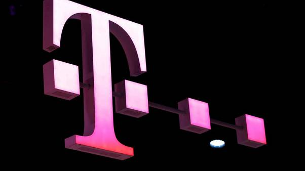 Deutsche Telekom again lifts core profits guidance