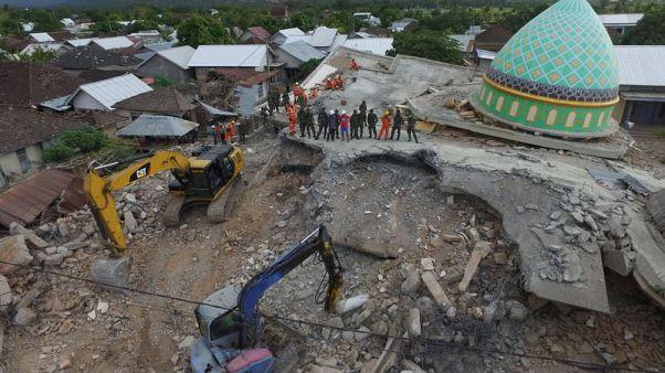 هزة ارتدادية تثير الفزع من جديد في جزيرة لومبوك الإندونيسية