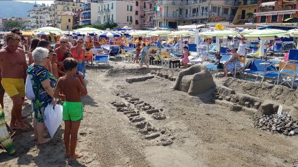 Castelli sabbia, vince 'copia' Alassio
