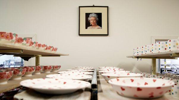 استراليون يطلبون صورا مجانية للملكة إليزابيث