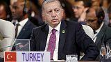 أردوغان يقول إنه سيدافع عن تركيا في مواجهة هجمات اقتصادية