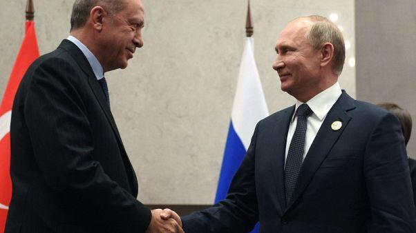 بوتين وأردوغان يناقشان العلاقات الاقتصادية والتجارية في اتصال هاتفي