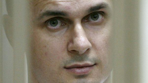"""L'état de santé d'Oleg Sentsov """"satisfaisant"""" selon la prison russe"""