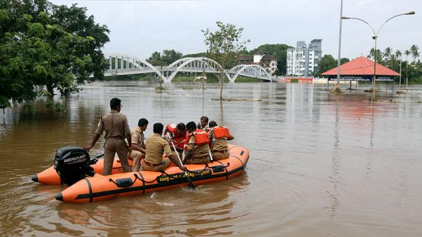 ولاية كيرالا الهندية تعلن حالة التأهب بعد مقتل 34 بسبب الفيضانات