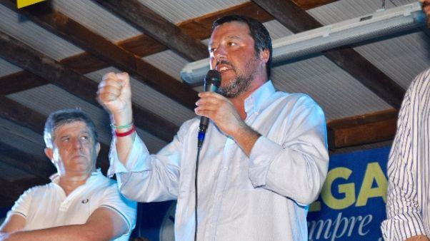 Salvini, valutiamo ritorno alla leva
