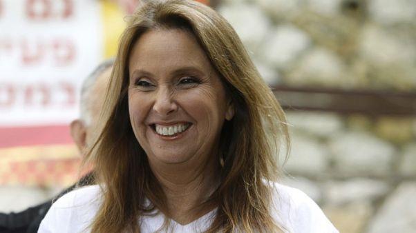الشرطة الإسرائيلية تستجوب المليارديرة شاري أريسون في قضية رشوة