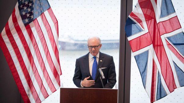 السفير الأمريكي يحث بريطانيا على التخلي عن دعمها للاتفاق النووي مع إيران