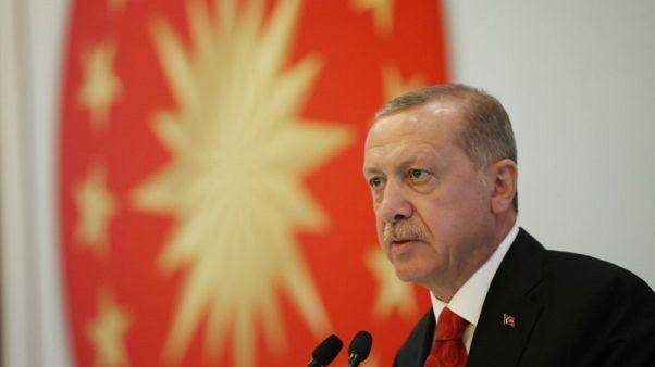 أردوغان يتمسك بمعارضته لرفع أسعار الفائدة
