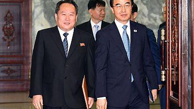 North, South Korea begin talks before possible Pyongyang summit