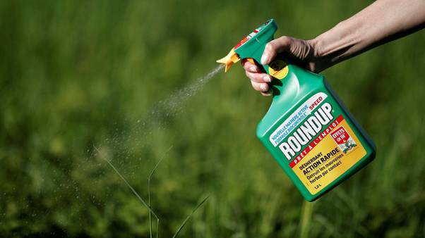 Bayer shares fall 10 percent after Monsanto's Roundup cancer trial