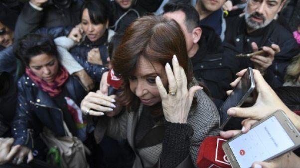 Argentine: après les fonctionnaires et les patrons, l'ex-présidente devant le juge