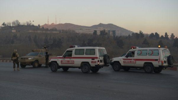 Des ambulances à Kaboul le 21 janvier 2018