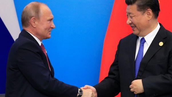 وكالات: بوتين يقول إن الرئيس الصيني سيزور روسيا في سبتمبر