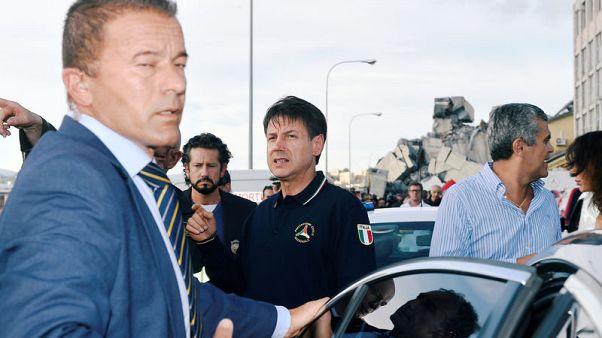 رئيس وزراء إيطاليا يعلن حالة الطوارئ بعد انهيار جسر جنوة