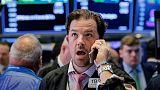 بورصة وول ستريت تغلق منخفضة مع تصاعد المخاوف من حرب تجارية