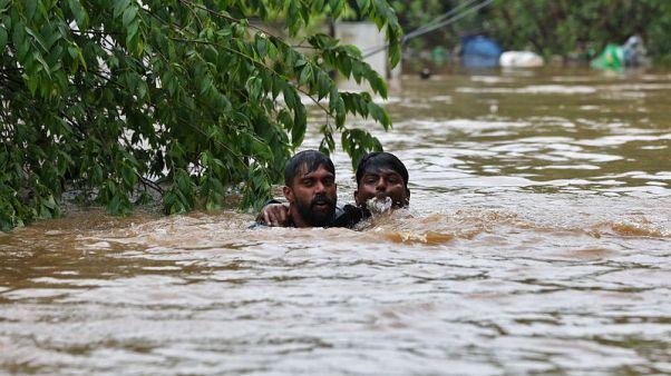 ارتفاع عدد قتلى الفيضانات في جنوب الهند إلى 79 خلال أسبوع
