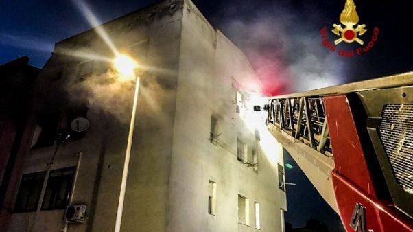 Incendio danneggia casa nel Bergamasco