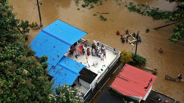 أسوأ فيضانات في قرن تقتل العشرات في ولاية كيرالا الهندية