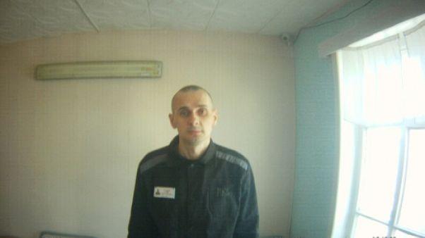 "Le cinéaste ukrainien Oleg Sentsov ""perd espoir"", selon sa cousine"