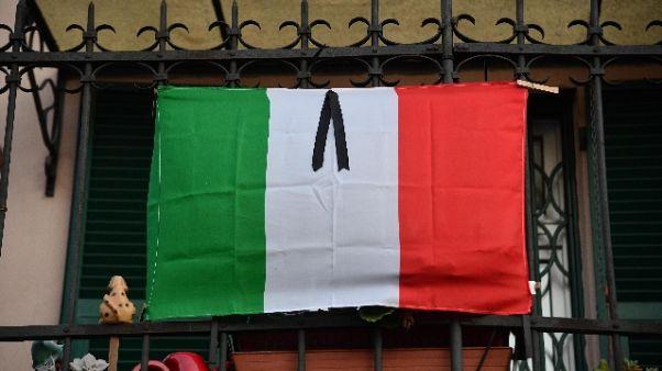 Domani luci spente Colosseo per Genova