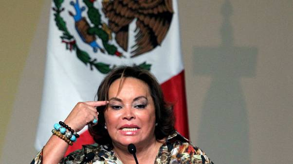 Mexico union boss victory exposes crack in top graft cases