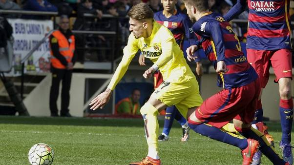AC Milan sign Villareal forward Castillejo and Genoa midfielder Laxalt