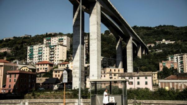 A Gênes, la vie à l'ombre d'un pont d'autoroute