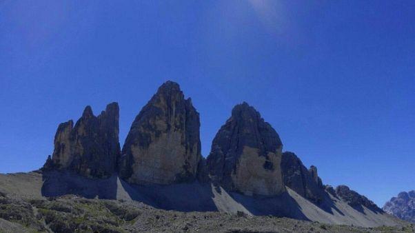 Alpinista cade e muore sulle Tre Cime