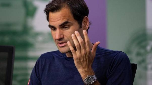 Federer beats Mayer, to face Wawrinka in quarter-finals